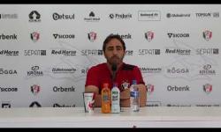 Coletiva com Leandro Zago antes do jogo diante do Uberlândia