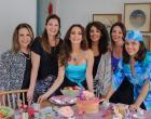 A artista plástica Laura Martinez abre seu Atelier para o evento Art & Café da influencer Claudia Métne