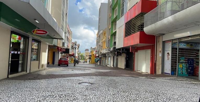 Santa Catarina registra mais 5.112 novos casos e 72 óbitos por Covid-19