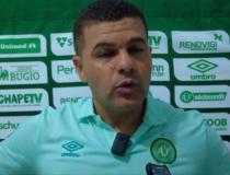 Umberto Louzer não é mais técnico da Chapecoense