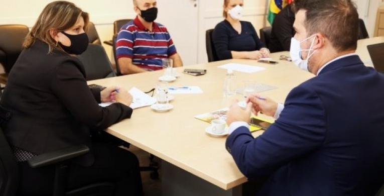 SC tenta agilizar trâmites para iniciar pagamento do auxílio emergencial estadual