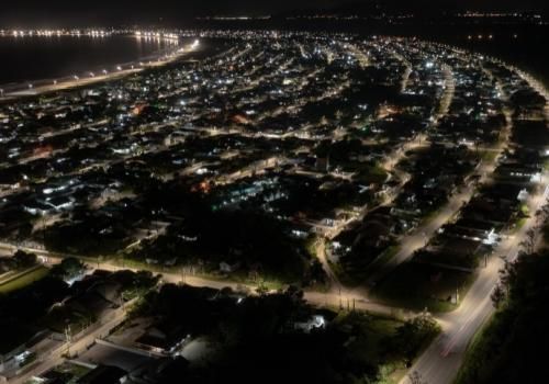 Mais de 60% das antigas  lâmpadas de Palhoça já foram substituídas por tecnologia LED, diz consórcio
