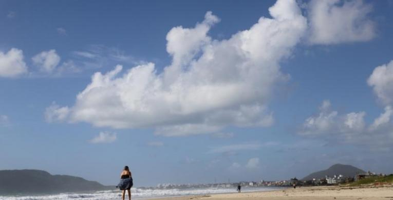 Praia dos Ingleses vai ganhar luzes de LED a partir de agosto