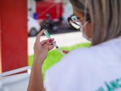 Palhoça inicia imunização contra a Covid-19 em pessoas com idade a partir de 16 anos; confira locais