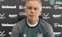 Entrevista coletiva com o técnico Jorginho, do Figueirense