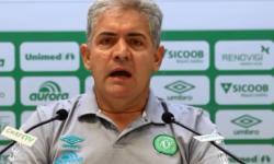 Pronunciamento Departamento de Futebol da Chapecoense sobre Umberto Louzer