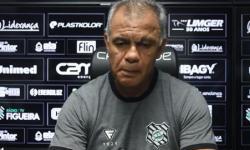 Coletiva com o técnico Jorginho - 11 de abril de 2021