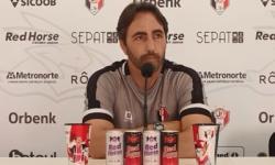 Coletiva com Leandro Zago antes do confronto com Marcílio Dias