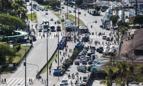 Cerca de 4.000 beneficiados do SC Mais Renda ainda não buscaram seus cartões; Florianópolis é recordista