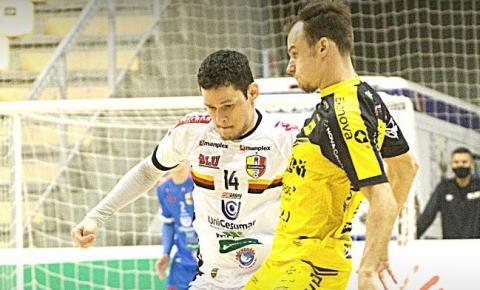 Jaraguá vence o Blumenau Futsal em casa pelo Catarinense