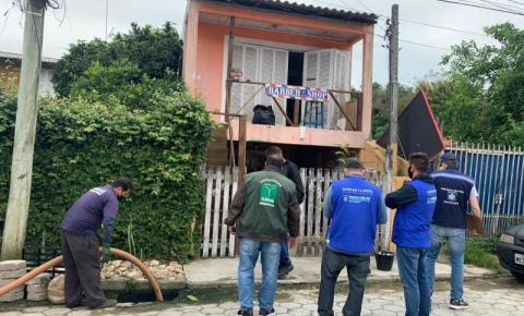 Blitz Sanear: lacres e multas por crime ambiental no Norte e no Sul da Ilha
