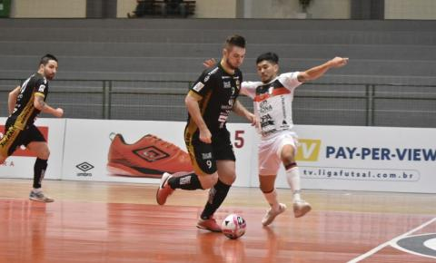 Blumenau empata com o Joinville e se classifica à segunda fase da Liga Nacional