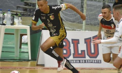 Blumenau e São Lourenço se enfrentam pelo Campeonato Catarinense de Futsal