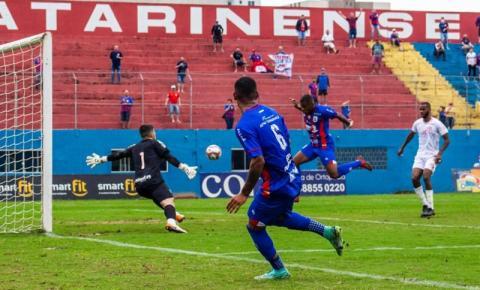 Marcílio Dias quebra a invencibilidade do Hercílio Luz, que segue na liderança da Copa SC