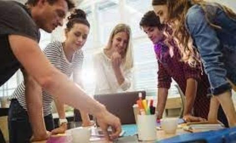 PwC Brasil abre inscrições para programa de desenvolvimento de jovens em todo o país