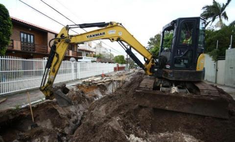 Operação Asfaltaço na Rua Acary Margarida, em Canasvieiras, vai custar R$ 917 mil