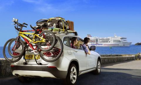 Especialistas explicam como preparar o carro para viajar no fim de ano