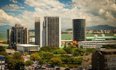 Justiça catarinense profere 8.700 medidas  durante o período de recesso