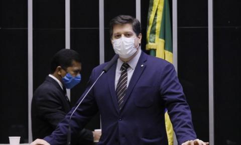 Em SC, Baleia Rossi defende reforma tributária e evita defender impeachment de Bolsonaro