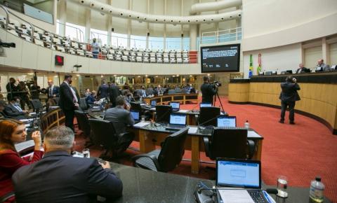 Bancadas e blocos parlamentares definem lideranças na Alesc