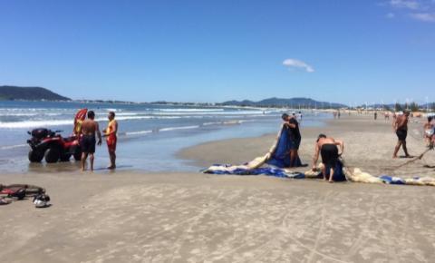 Acidentes com paramotor se tornam frequentes no verão, diz Corpo de Bombeiros
