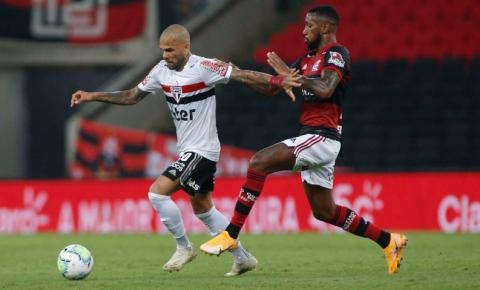 Flamengo visita São Paulo em busca de título do Brasileiro; Inter ainda tem esperança