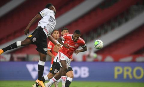 Inter fica no empate com o Corinthians e Flamengo é campeão brasileiro