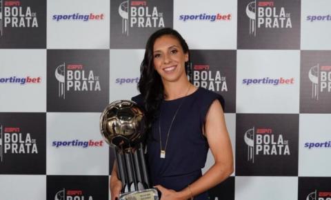 Julia Bianchi, do Avaí/Kindermann, é a melhor do Brasileirão feminino