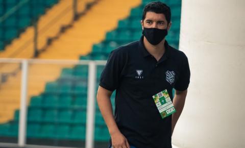 Figueirense anuncia a demissão do superintendente Luciano Sorriso