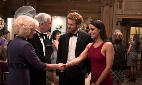 Lifetime Movies exibe o longa original Harry e Meghan: Um Amor Real