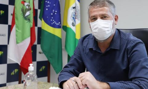 Prefeito de Biguaçu se recupera da Covid-19 e volta ao trabalho