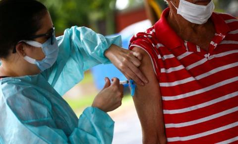 Idosos com 69 anos ou mais receberão segunda dose da vacina contra Covid-19 nesta quinta em Biguaçu