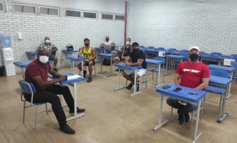 Biguaçu aprova projeto de lei que obriga acompanhamento de práticas corporais por profissionais de Educação Física