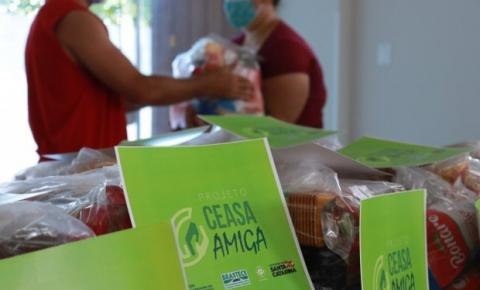 Ceasa/SC entrega 148 cestas básicas para Associação Pró-Brejaru, em Palhoça