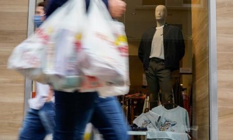 Comércio catarinense cresce 25,8%, mais do que o dobro da média brasileira