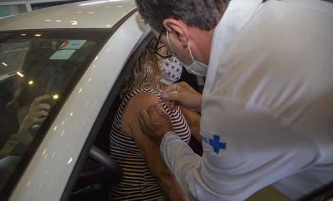 São José dá continuidade à vacinação contra Covid-19 para pessoas com 53 e 54 anos com comorbidades