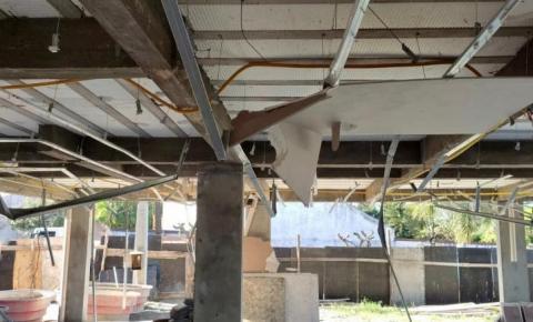 SMDU realiza demolição parcial em construção irregular no Campeche