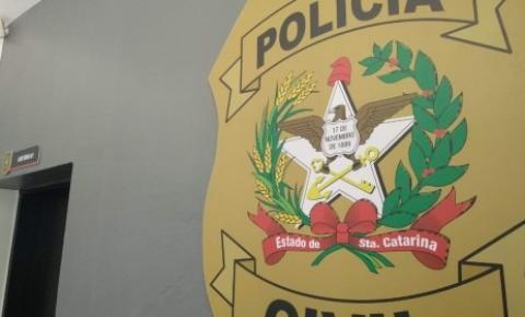 Polícia Civil prende em flagrante responsável por construção irregular em Florianópolis
