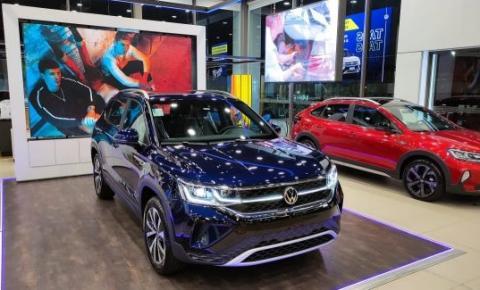 Primeiras unidades do Volkswagen Taos chegam às concessionárias como referência na categoria