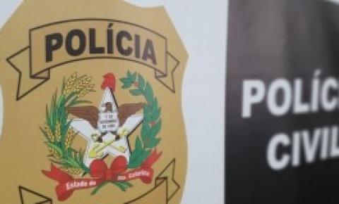 Polícia Civil prende em Palhoça foragido do RS
