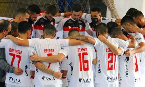 Joinville Futsal encara o Carlos Barbosa pela Liga Nacional