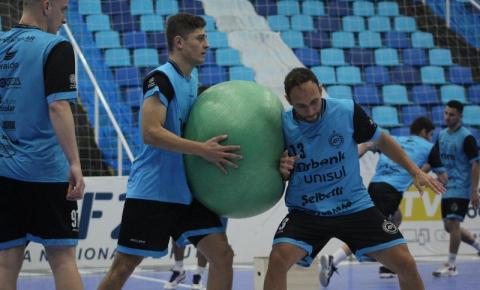 Tubarão Futsal encara o Campo Mourão fora de casa em confronto direto pela Liga Nacional
