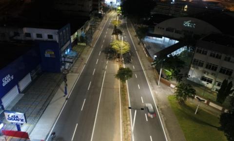 Avenida Silva Jardim, em Florianópolis, já conta com iluminação de LED