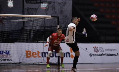 Joaçaba Futsal vence o Corinthians fora de casa pela Liga Nacional em jogo de sete gols