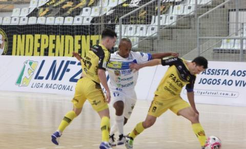 Jaraguá vence o São José Futsal e ainda respira na Liga Nacional