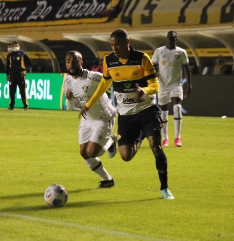 'É o jogo mais importante da minha carreira', diz Hygor, do Criciúma, sobre a volta contra o Fluminense
